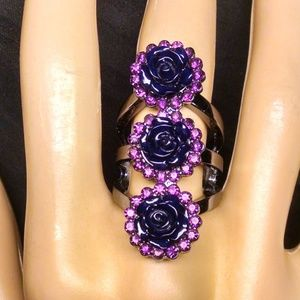 Gorgeous Rare 3 Flowers Rhinestones Ring